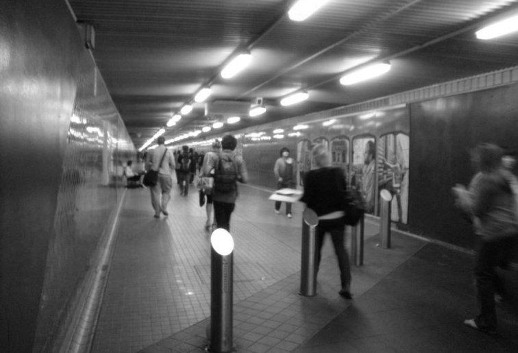 central-station-pedestrian-tunnel-sydney